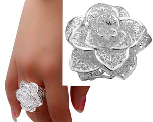 Sale NEW 925 Sterling Silver Flower Ring , Size adjustable