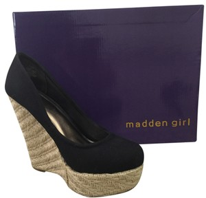 Madden Girl Blac Wedges