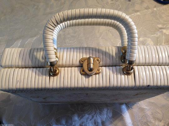 Other Box Woven Crochet 60s 1960s Summer Spring Picnic Satchel in White