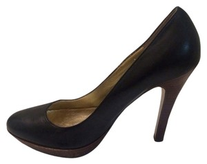 Nine West Black w/ Brown Pumps