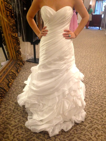 Maggie Sottero Ivory/Ivory Dion Formal Wedding Dress Size 8 (M)
