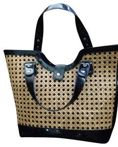Toss Designs Tote in Black/tan Wicker
