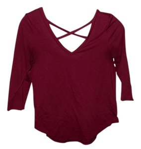 American Eagle Outfitters Red 3/4 Sleeve T Shirt Ruby