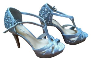 c5b0af99d22 Gianni Bini Glitter Jewel Bead Strappy Toe T-strap T-strap Silhouette  Adjustable Ankle