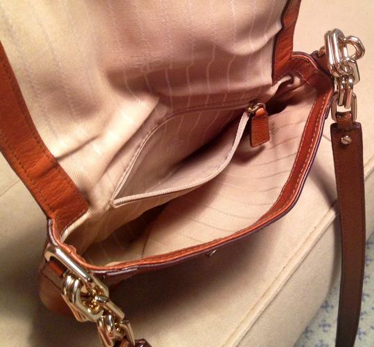 Cole Haan Leather Gold Hardware Adjustable Strap Logo Two-tone Signature Lining Cross Body Bag
