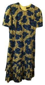 Carolina Herrera Silk Floral Short Sleeves Pleated Hem Dress