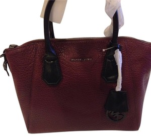 MICHAEL Michael Kors Satchel in MERLOT
