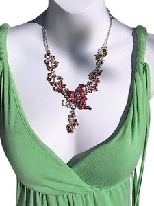 Fashion Silvertone Rhinestone Necklace & Earrings Set