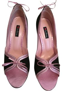 Luichiny Black and pink Pumps