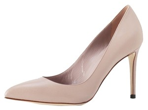 Gucci NWT Pointed Toe Pump Nude Pumps