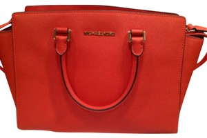 Michael Kors Satchel in Mandarine