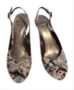 Mootsies Tootsies Slingback Peep Toe snake Pumps