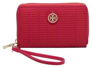 Tory Burch NEW!! Perforated Robinson Smartphone Wristlet Phone Wallet Tags