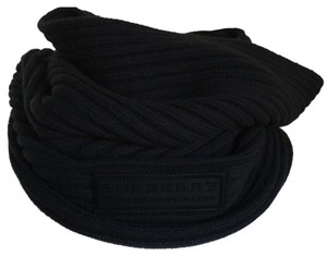 Burberry Ribbed Snood Neck Warmer