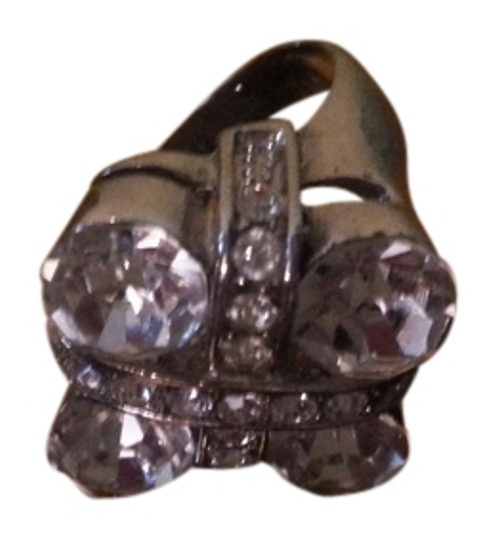 Preload https://item4.tradesy.com/images/silver-cocktail-ring-1063548-0-0.jpg?width=440&height=440