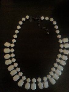 Express White Necklace