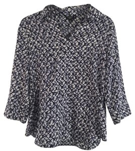 Talbots Ikat 3/4 Lenght 12p Pl Petite Top Navy and White