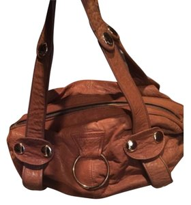 Gustto Satchel in Camel