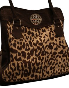 Kate Landry Tote in brown / animal print