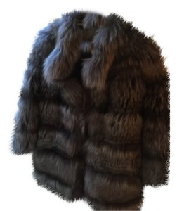 Gorgeous genuine fox fur coat, size 38, perfect condition, worn once, inwould love to keep it but am moving over seas to a warmer climate Fur Coat