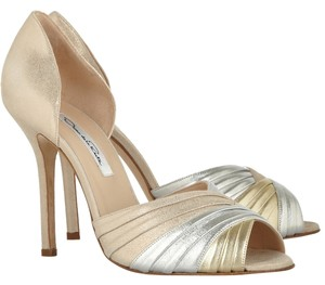 Oscar de la Renta Leather Metallic Gold Evening Silver, Gold, Beige Pumps