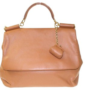 Dolce&Gabbana Dolce & Gabbana D&g Leather Gold Tote in Camel