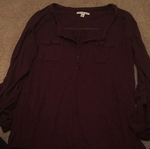 American Eagle Outfitters T Shirt Maroon