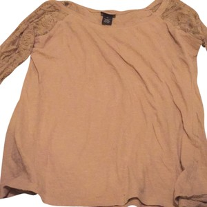 Rue 21 T Shirt Light brown