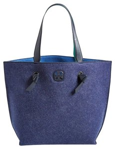Tory Burch Tote in NAVY BLUE MACAW