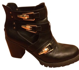 Wanted Gold Black Boots