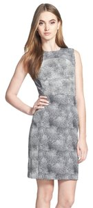 Diane von Furstenberg Dvf Dvf Sheath Dvf Sleeveless Dvf Day To Evening Dress