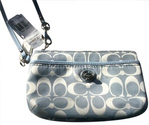 Coach Medium Park Signature Signature C Jacquard Wristlet in Light Blue