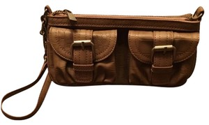 Express Wristlet in Brown/bronze