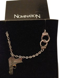 NOMINATION NOMINATION Gun and handcuffs necklace