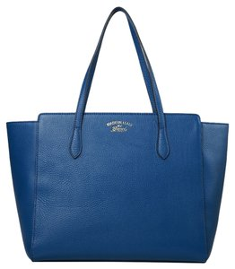 Gucci Leather Swing Tote in Blue