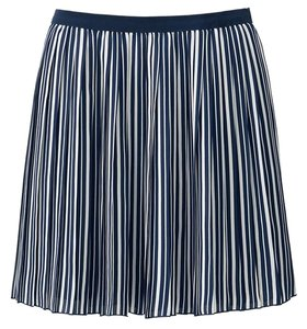 Uniqlo Mini Skirt Chiffon Pleated