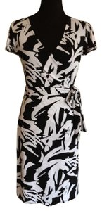 Ann Taylor short dress Black / White on Tradesy