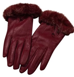 G G's REAL LEATHER WINE COLOR GLOVES WITH REAL REX RABBIT TRIM
