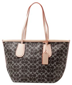 Coach 34595 Taxi Taxi Pvc / Signature Tote in Saddle / Appricot