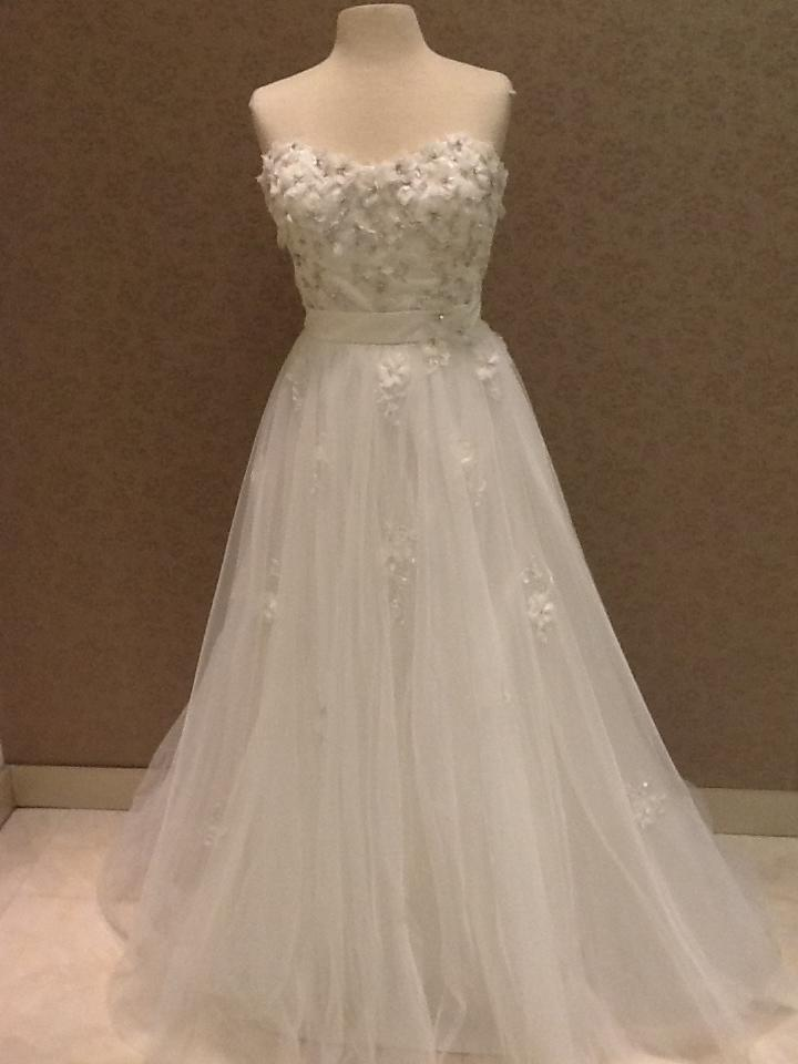 Alfred angelo 207 snow white wedding dress tradesy weddings for Alfredo angelo wedding dresses