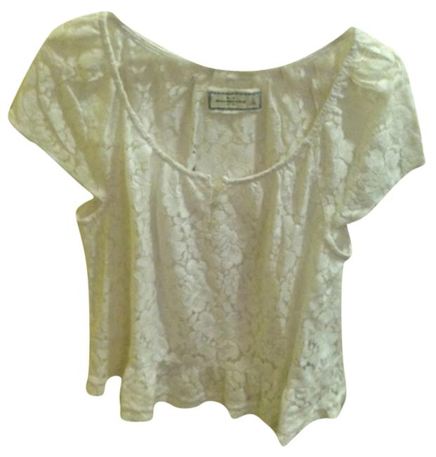 Preload https://img-static.tradesy.com/item/1066169/abercrombie-and-fitch-white-blouse-size-12-l-0-0-650-650.jpg