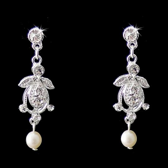 Elegance by Carbonneau Silver/Light Ivory Pearl and Crystal Vintage Look Jewelry Set