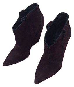 Ash Maroon Wedges