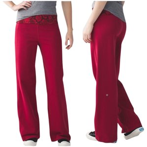 Lululemon New With Tags Lululemon Stillness Pants Cranberry Snake Size 4