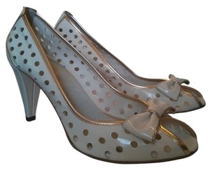 Franco Sarto Peep Toe white patent leather trimmed in gold Pumps