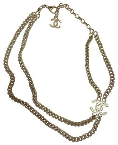 Chanel 2016 Short Necklace Gold Pearly White choker