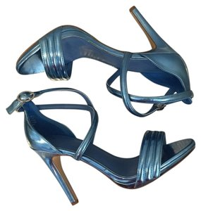 H&M Metallic Nudist Song Stewart Weitzman Blue metallic Pumps