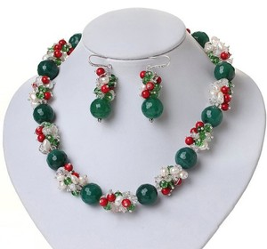 Other Fashion Design Red Bloodstone and White Pearl and Green Agate Jewelry Set ( Necklace and Matched Earrings)
