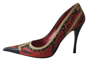 Junonia Black, red and gold Pumps