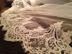 Allure Bridals Ivory Long - Cathedral (Ivory) - Never Been Worn Bridal Veil